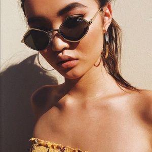 QUAY X Kylie Purple Honey Sunglasses in Green/Gold